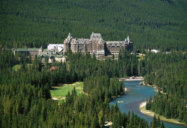 10 Secrets to know before staying at Fairmont Banff Springs