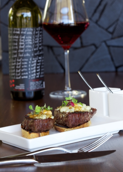 red wine and steak bruschetta