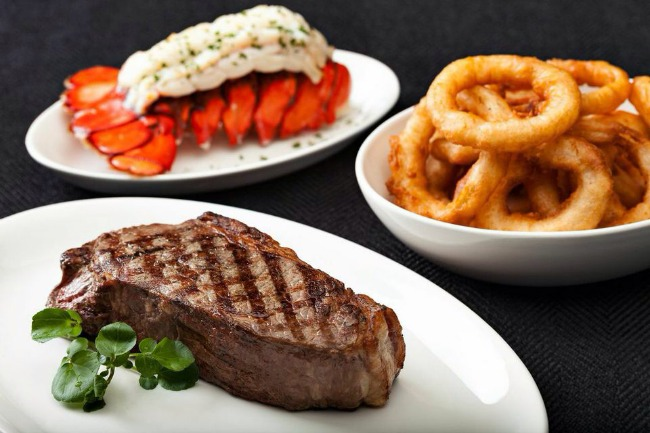 Steak and onion rings
